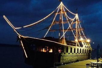 Modern kalózként élhetsz ezen a hajón