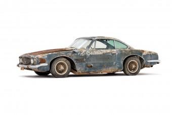 50 évig állt a sivatagban a ritka Maserati 5000 GT