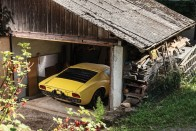 Fal mögé rejtették a ritka Lamborghini Miura SV-t 2