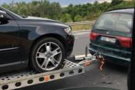 A pofátlan autószállítás új szintjét videózták Romániában 1
