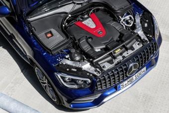 Nem fejleszt több belső égésű motort a Mercedes
