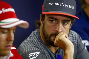 F1: Alonso tagadja, hogy utálja Vettelt