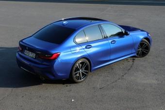 Hálistennek tud még a BMW BMW-t gyártani!