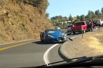 Nem kellett sokat várni az első törött Corvette-re