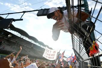 F1: Hamilton visszaszólt Rosbergnek