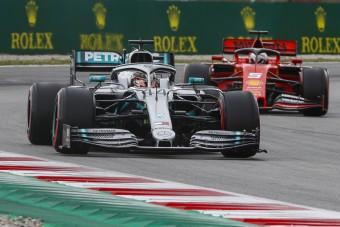 F1: A Mercedes tart a következő futamoktól
