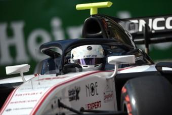 Amerikai pilóta kap F1-es lehetőséget