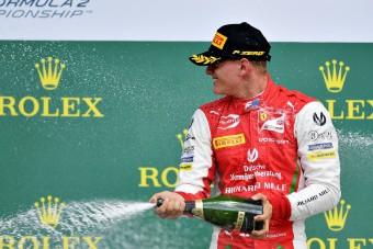 F1: Schumacher fiából világbajnok lehet