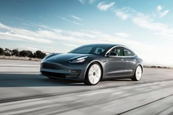 Beteszi Magyarországra a lábát a Tesla