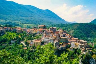 Élnél Olaszországban 8 millióért? Most megteheted