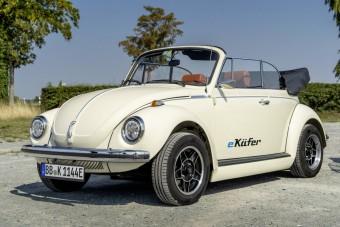 Áram alá helyezték ezt az öreg VW Bogarat