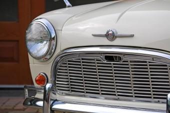 Nem sikerült megtanulni vezetni, ezért ötven évig állt a Mini