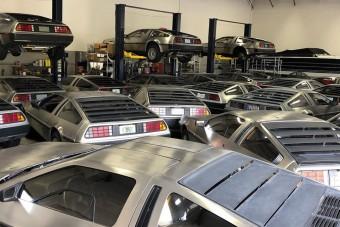 Így mentik a DeLorean-eket a hurrikán elől