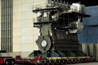 Száz év alatt így jutottunk el a 100 ezer lóerős dízelmotorig