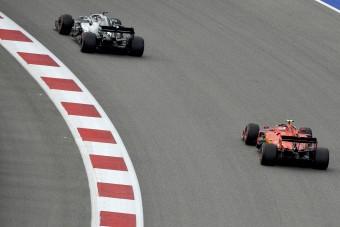 F1: Kiborult a gyors Ferrari miatt a Mercedes-főnök