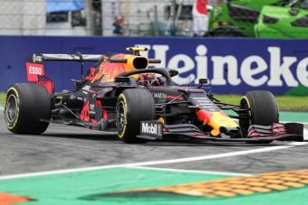 F1: Újabb rajtbüntetés Verstappenéknek