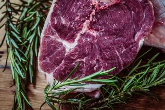 Meglepően hangzik, de a mérsékelt húsevéssel tehetünk az emberiség túléléséért