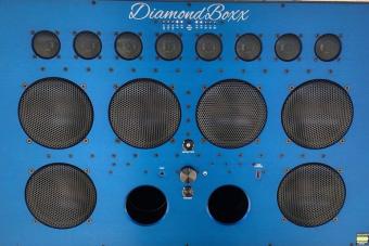 Ez a legdurvább hangfal, amire a mobilodról lőheted a zenét