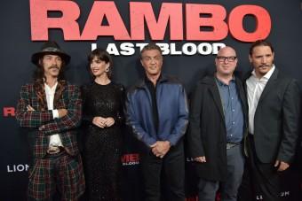 Rambót és Brad Pittet is legyőzték hétvégén