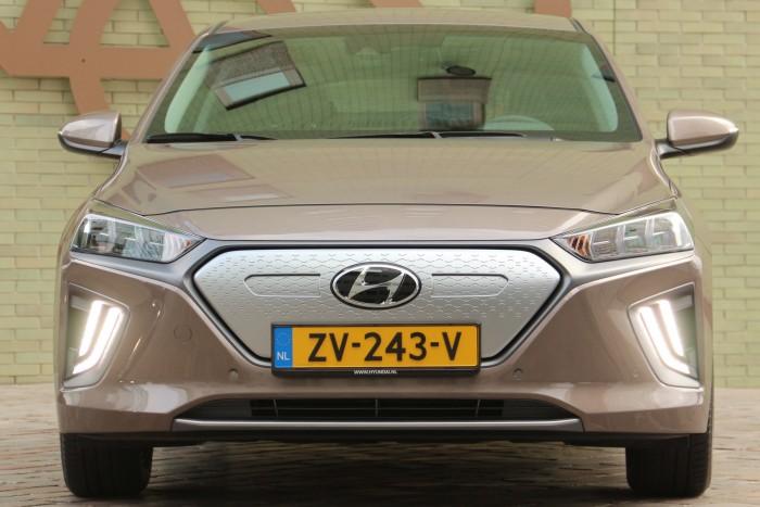 Villanyautó, furcsaságok nélkül: Hyundai Ioniq Electric 3