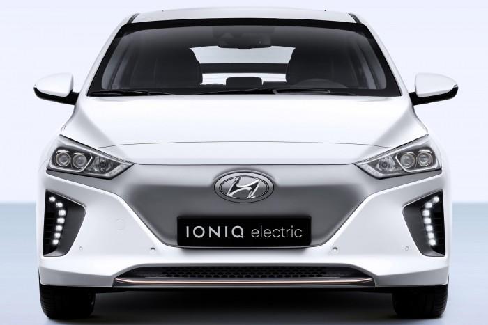 Villanyautó, furcsaságok nélkül: Hyundai Ioniq Electric 2