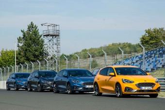 A Hungaroringen belekóstoltunk az új Ford Focus ST-be