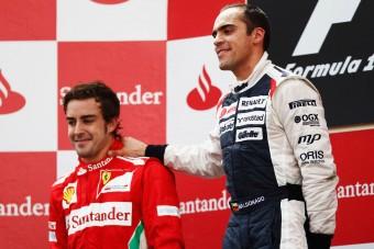 F1: A Ferrarival tárgyalt Maldonado