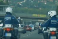 Fegyelmi eljárást indítottak az M7-esen kő-papír-ollózó rendőrök ellen 1