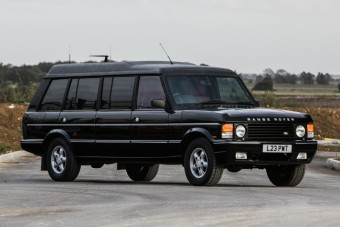 Mike Tyson is utazott a szultán hatméteres Range Roverében