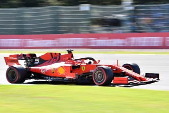 Vettel: Nem számítottunk az első sorra