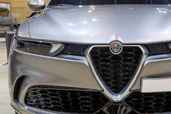 A Tonale menti majd meg az Alfa Romeót?