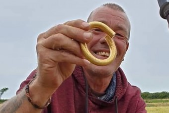 Értékes ókori kincsre bukkant fémkeresőjével egy férfi