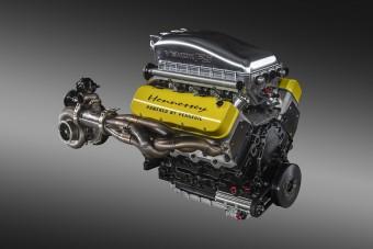 500 km/óra a Hennessey célja, itt van hozzá a motor!