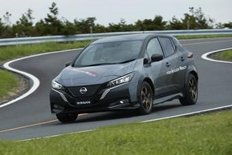 Sportautós teljesítményt pakoltak a Nissan Leafbe