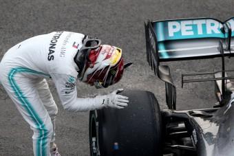 F1: Hamilton bizarr kísérlettel győzött