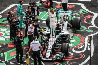 F1: A Merci 100. győzelmével lehet bajnok Hamilton