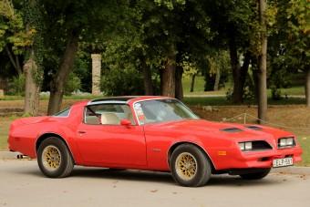Pontiac Firebird - Egy álomautó, ami nem is drága