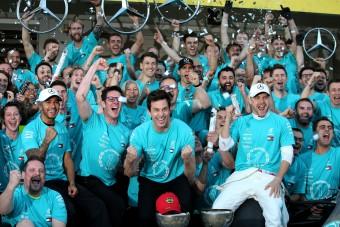F1: Hamilton autójával nyert Bottas