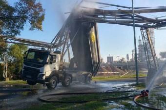 Óriási baleset a tiszaújvárosi olajfinomítónál