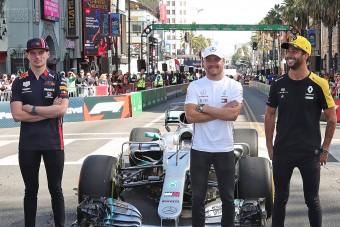 F1: Ricciardo és Bottas megvédte Versappent