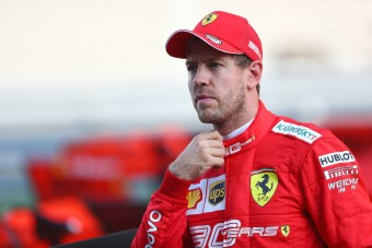Vettel: Bárkit meg tudok verni!