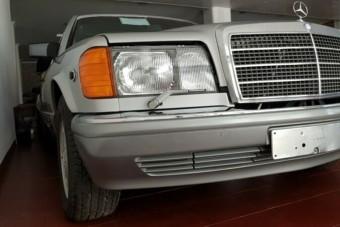 Kész időkapszula ez a 30 éves Mercedes