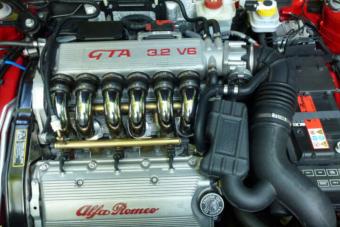 14 millió forint egy 14 éves használt Alfa Romeóért elég meredek