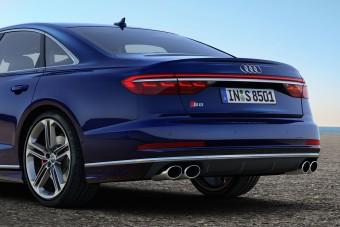 Audi S8 videók