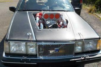 Íme a mindent alázó nagypapa-Volvo csekély 3000 lóerővel
