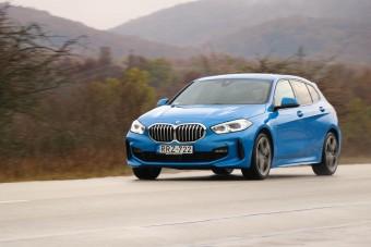 BMW, nagy kérdőjelekkel: mit tud az új 1-es BMW?