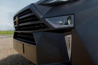 Ennél a 300 milliós luxus-SUV-nál nincs drágább a világon