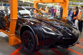 Itt az utolsó Corvette, ami az orrában hordja a motorját