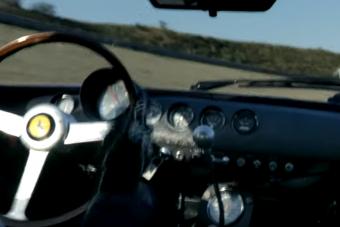 Ahogy ez a V12-es olasz üvölt, annak nincs párja