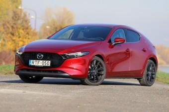 Benzinmotor, ami eddig még senkinek nem sikerült - Mazda3 Skyactiv-X teszt